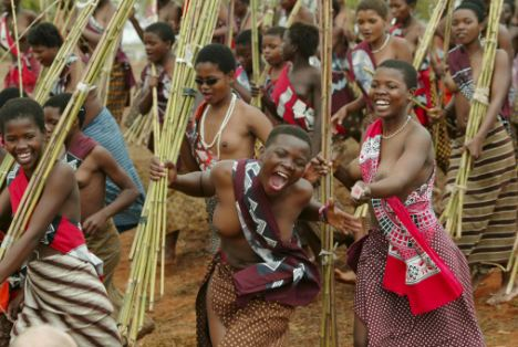 80,000 bare-breasted virgins dance for king of Swaziland – JUNGLE ...